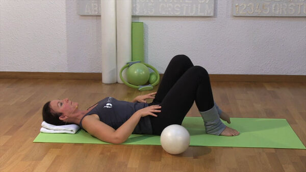 pilates-video-mit-dem-pilates-ball